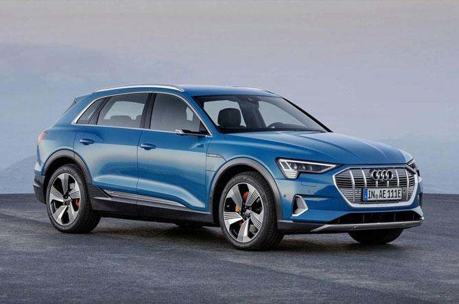 Prodotti per la ricarica di Audi e-tron 55 quattro (caricatore 11 kW)