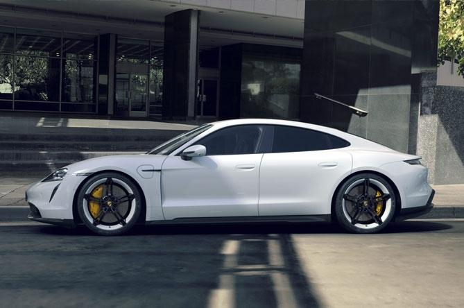 Prodotti per la ricarica di Porsche Taycan Turbo S