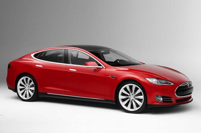 Prodotti per la ricarica di Tesla Model S (caricatore standard 11 kW)