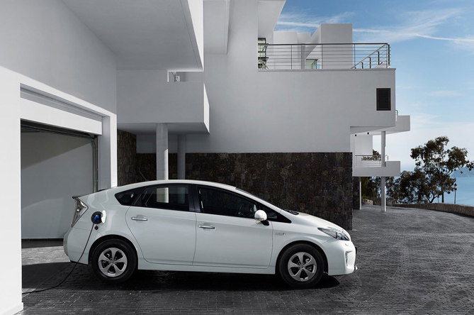 Prodotti per la ricarica di Toyota Prius Plug-In (MY2012)