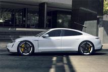 PorscheTaycan 4S