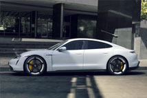 PorscheTaycan Turbo S