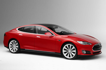 Tesla Model S (caricatore standard)